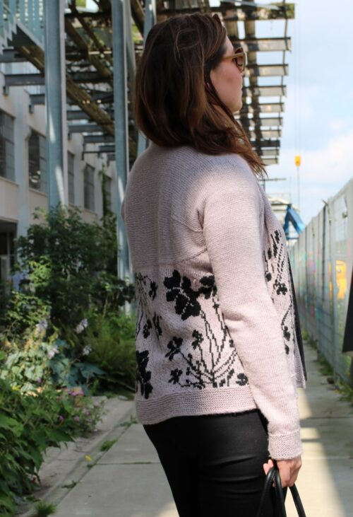 Clover cardigan from side