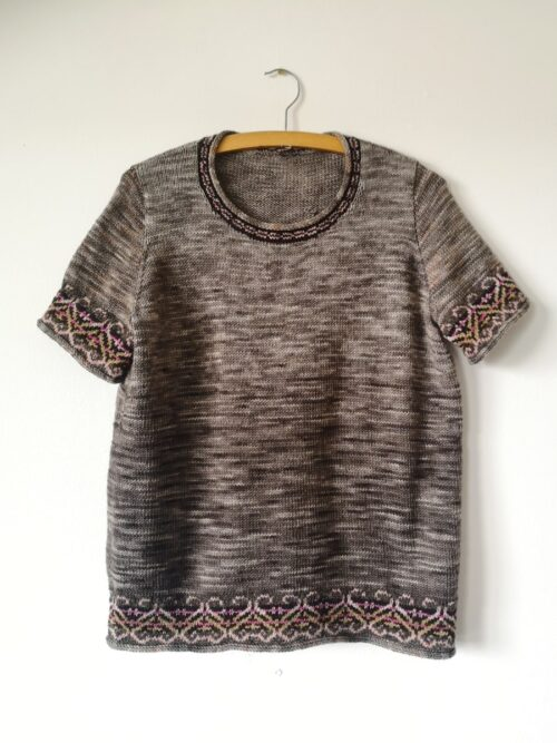 hand knit tee top called garland